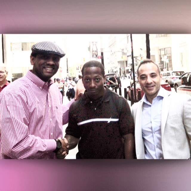 "THE HOMIE MADE IT TO ""THE VIEW!"" (and got a big wet kiss from #rosieodonnell ^.^ SWEET!!! In picture from about 5 months ago... finally getting an opportunity to meet #KaliefBrowder and his attorney #PaulPrestia After much negotiation and contracts and phone calls we are finally here! Now I have some idle time in NYC. What shall I do? #newyorkcity #relentlessaaron #blackinstagram #conyersgeorgia #publishedauthor #thegourmetauthor #urbanlitking #urbanlit #blacktwitter #inspiring #entrepreneur #writer #inspiring #lifecoach #mountvernonnewyork #Justice4KALIEF"